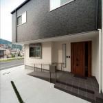 ユニークデザインの二世帯住宅②